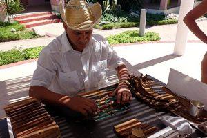 Zigarrendreher auf Kuba